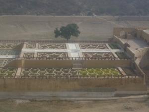 Amer-fort-garden