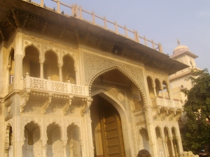 Jaipur-palace-entrance-detail
